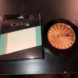 OFRA Blind the Haters Highlighter